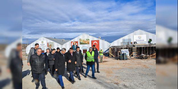 Gürkan, 'Yeni Kongre ve Fuar Merkezi' inşaatını inceledi