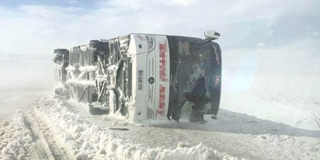 Malatya Otobüsü Kaza Yaptı!.. 14 Yaralı