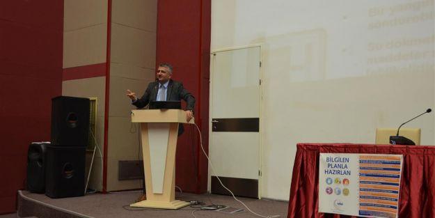 'Depremin Psikolojik Etkileri' konulu seminer düzenlendi