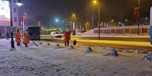 İl genelinde okullara 1 gün kar tatili