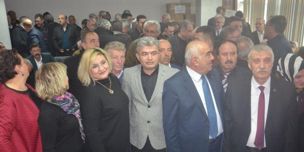 İYİ Parti'de yönetim kurulu belli oldu