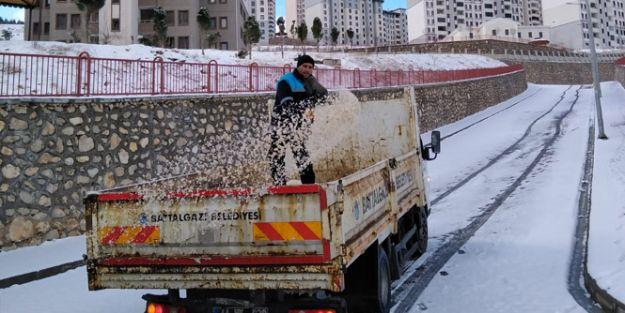 Karla mücadele çalışması yapıldı