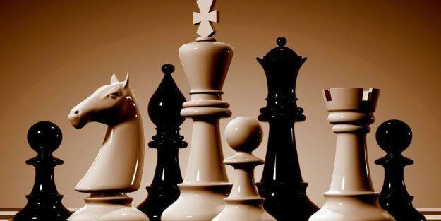 Çevrimiçi satranç turnuvaları sürüyor