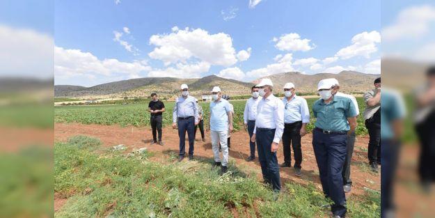 """'Çiftçilerimize rehberlik edecek projeler yapılmış"""""""