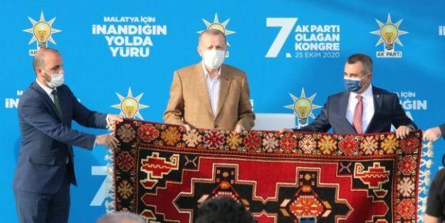 AK Parti'nin 50 Kişilik İl Yönetimi Seçildi
