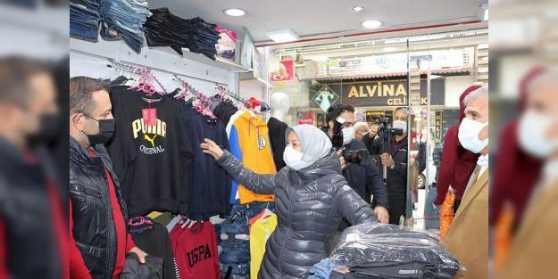 '7 Bin 320 Esnafa Faizsiz Kredi Verildi'