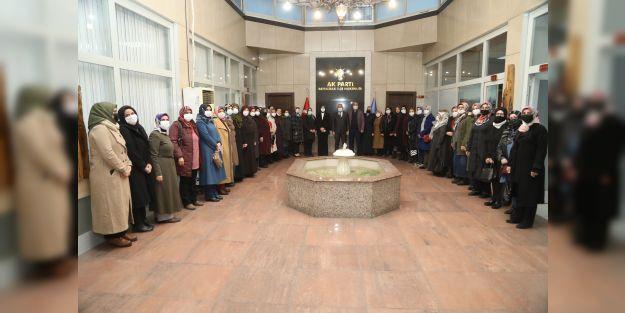 AK Parti Battalgazi Kadın Kolları Yönetimi belirlendi