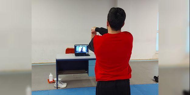 Antrenörler, sporculara online antrenman yaptırıyor