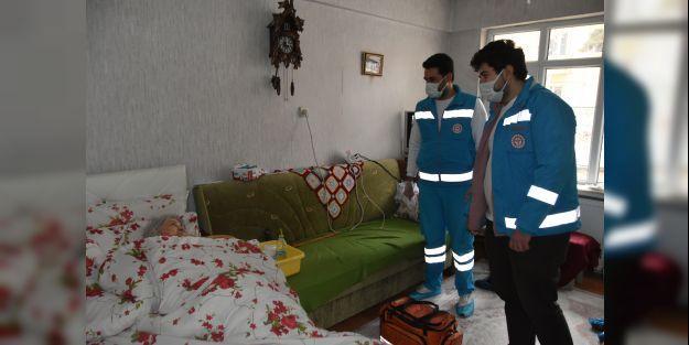 Evde sağlık hizmetleri  ekipleri yoğun mesaide