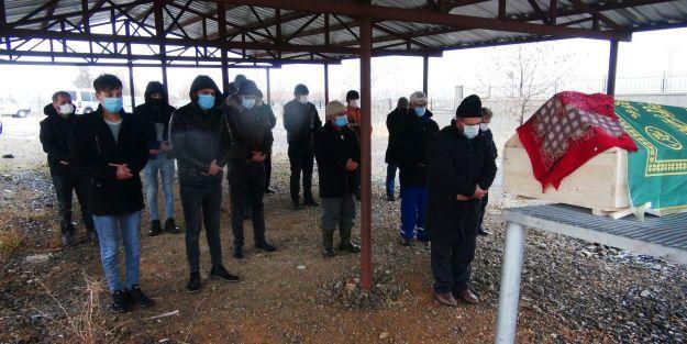 İstanbul'da öldürülen Ferdane Kurt memleketinde defnedildi