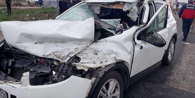 Malatyalı Genç Mühendis Trafik Kazasında Can Verdi