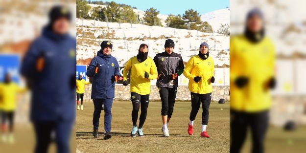 Yeni Malatyaspor, Galatasaray'ı eli boş göndermek istiyor