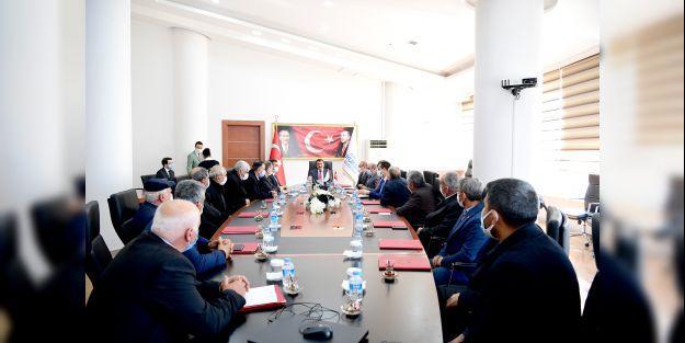 Muhtarlar Şilan Barajı için Gürkan'la görüştüler