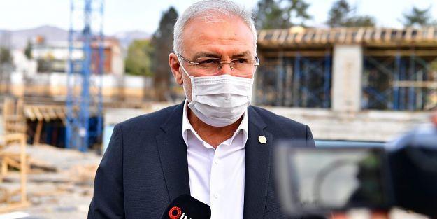 AK Partili Milletvekillerinden Yeşilyurt Belediyesi ile İlgili Açıklama