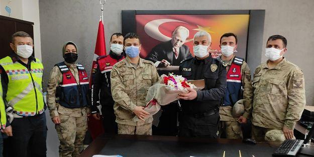 Jandarma'dan Polis teşkilatına kutlama