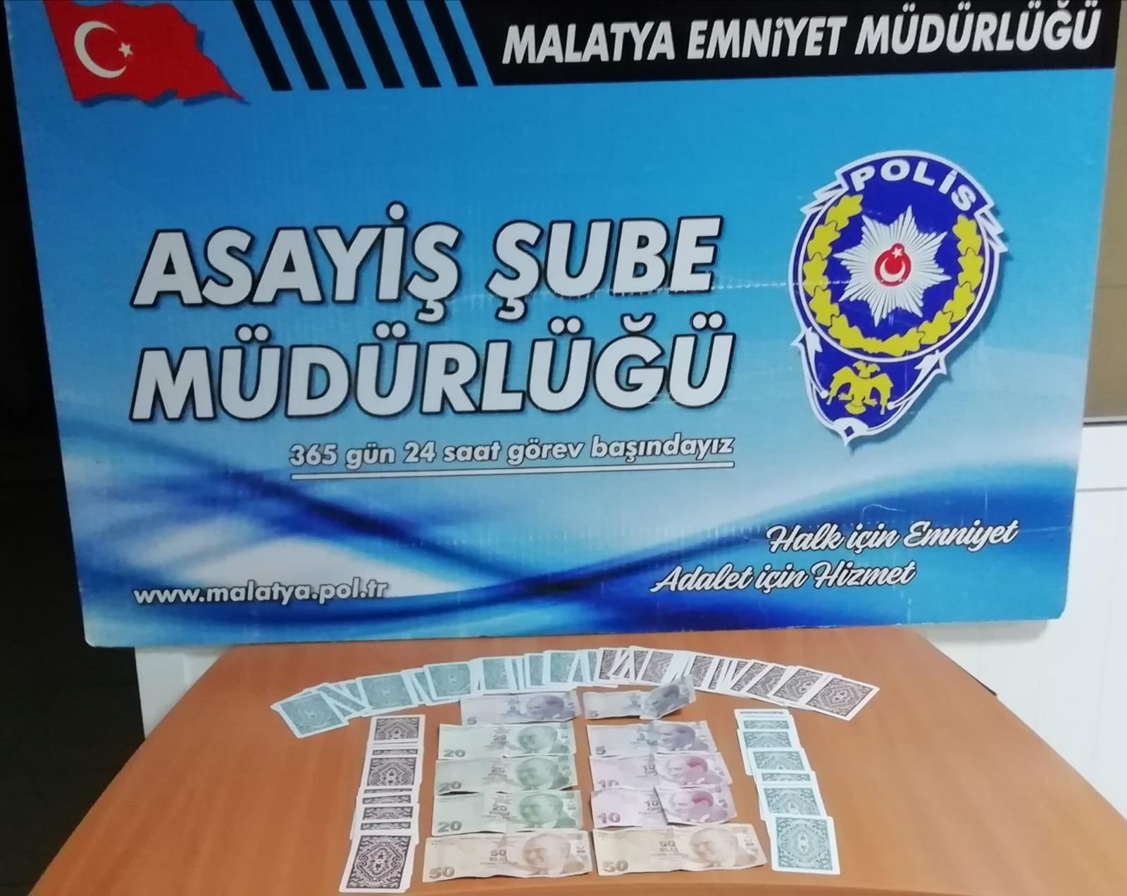 Kumarcılar Polise Takıldı