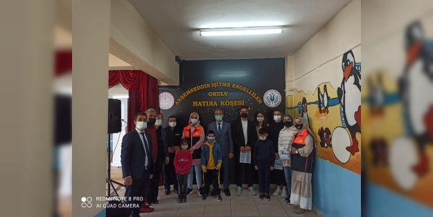Malatya'da AFAD'dan işitme engelli öğrencilere afetlere hazırlık ve farkındalık eğitimi