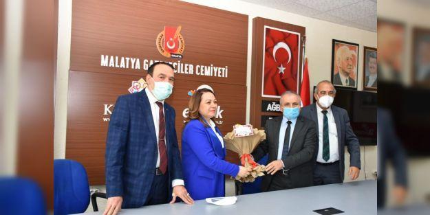 Turgut Özal Üniversitesi, Şehrin Batı Yakasında Olmalı