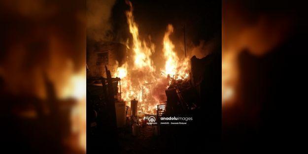 Darende#039;de kümeste çıkan yangında 250 hayvan telef oldu
