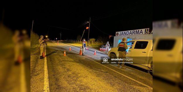 Jandarma bölgesinde 76 Kişiye Sokağa Çıkma Cezası