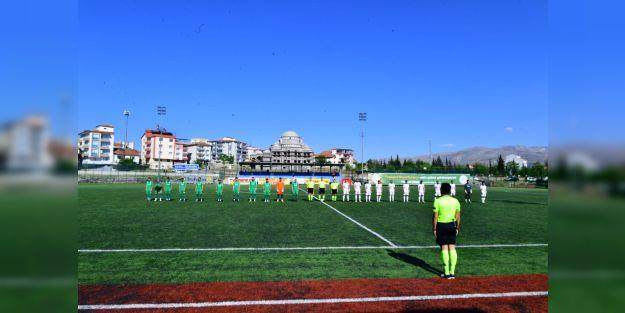 Yeşilyurt Belediyespor: 1 - Bucaspor 1928: 2