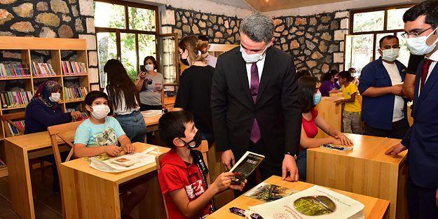 Doğanşehir Halk Kütüphanesi açıldı