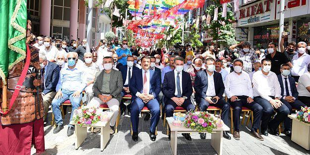 Kültür Sanat ve Kayısı Festivali Başladı