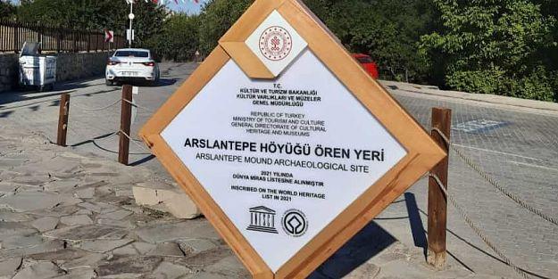 Arslantepe'ye yeni tabela
