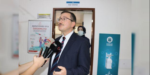 İnönü Üniversitesinde öğrenciler için aşı merkezi kuruldu