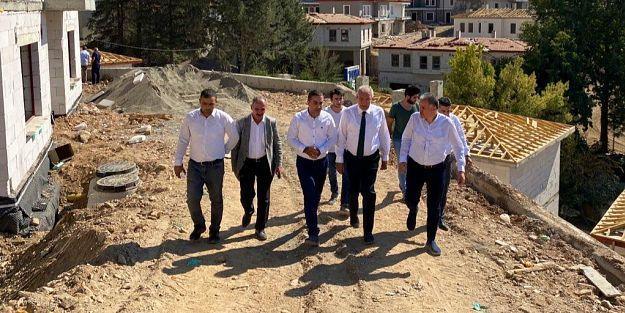 Milletvekili Kahtalı, Gökçe'deki deprem konutlarını inceledi