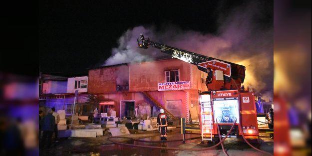 Malatya#039;da kereste atölyesinde çıkan yangın söndürüldü