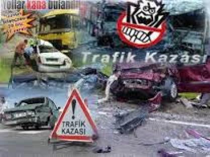 2  otomobil çarpıştı: 7 yaralı