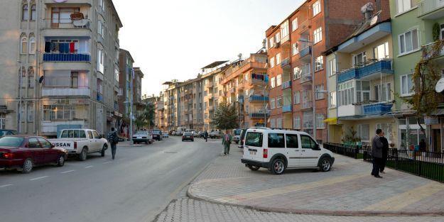 32 sokakta alt yapı çalışması yapıldı