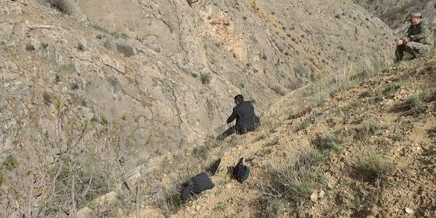 Afad Ekipleri Keçiyi Kurtarmak İçin 6 Kilometre Yürüdü