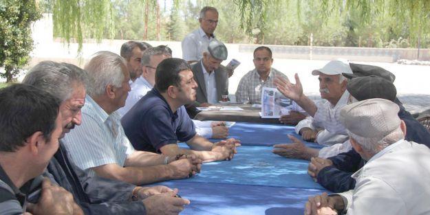 Ağbaba, Yazıhan'da sorunları dinledi