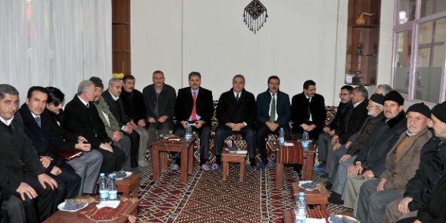 AK Parti Heyeti Konak Mahallesini Ziyaret Etti