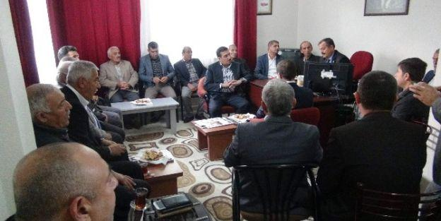 Ak Parti Heyeti, Muhtarlar Derneği'ni Ziyaret Etti