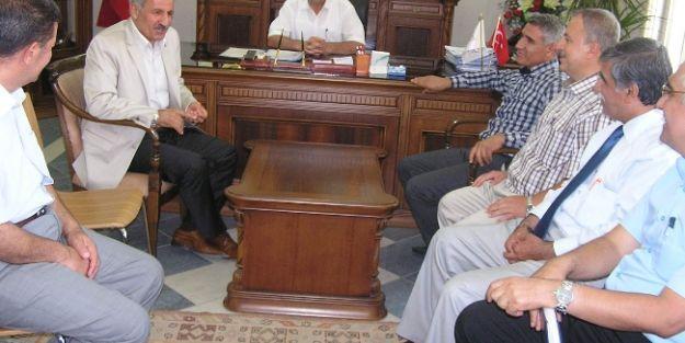 Ak Parti Milletvekili Şahin, İl Özel İdaresi'ni Ziyaret Etti