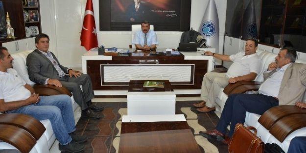 Amerika Malatyalılar Derneği Başkanı Ateş, Gürkan'ı Ziyaret Etti