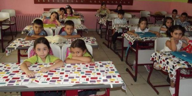 Ana Okulu Ve 1'nci Sınıflarda Eğitime Başlandı