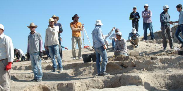 Arslantepe'den çıkartılan 23 adet eser müzeye teslim edildi