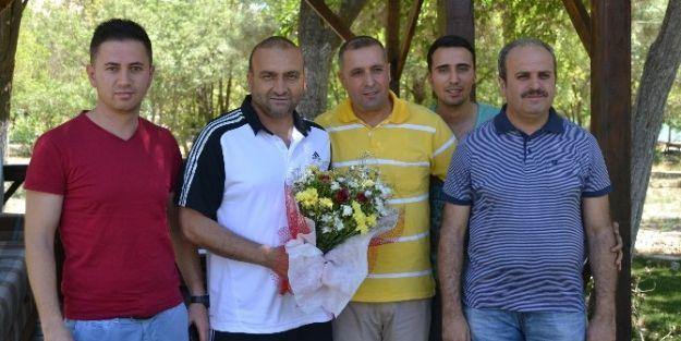 Asgd, Teknik Direktör Mustafa Uğur'u Ziyaret Etti