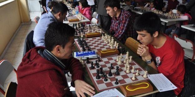 Atatürk Haftası Satranç Turnuvası Yapıldı