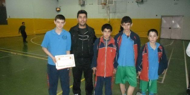 Badminton Eğitimi Derece Getirdi