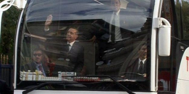 Başbakan Erdoğan, 2. Ordu Komutanlığını Ziyaret Etti