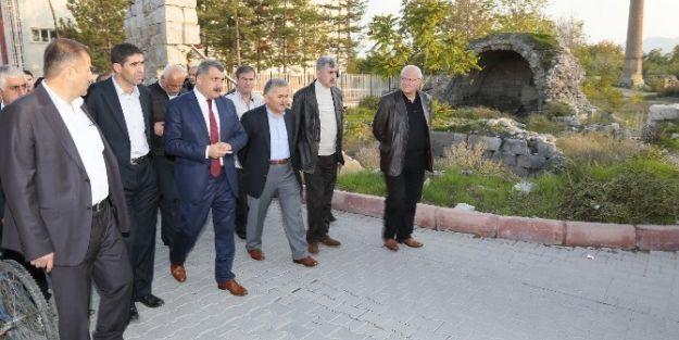 Başkan Memduh Büyükkılıç,  Battalgazi'yi Gezdi