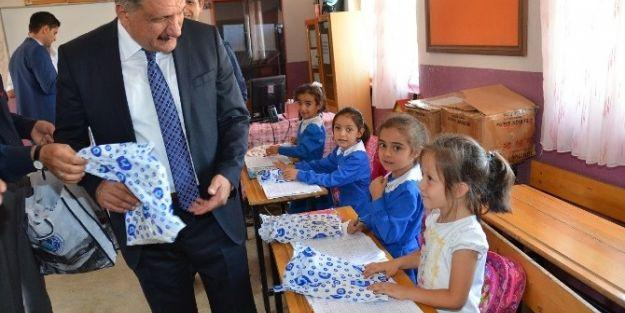 Başkan Selahattin Gürkan, Fırıncı İlkokulu'nu Ziyaret Etti
