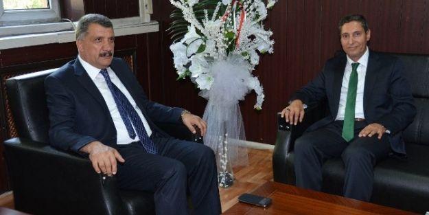 Başkan Selahattin Gürkan, Milli Eğitim Müdürü Ali Tatlı'yı Ziyaret Etti