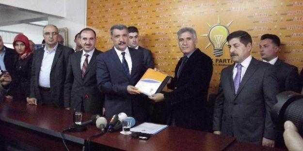 Battalgazi Belediye Başkanı Selahattin Gürkan Aday Adaylık Başvurusunu Yaptı