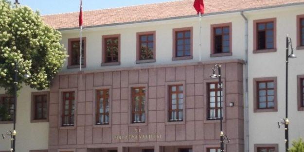 Bayrakların Yarıya İndirilmesi 24 Temmuz'da Sona Erecek